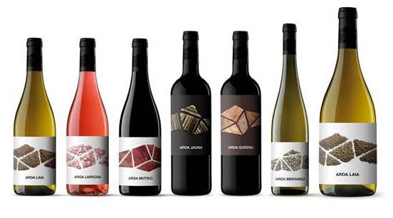 Familia de vinos de Bodega Aroa